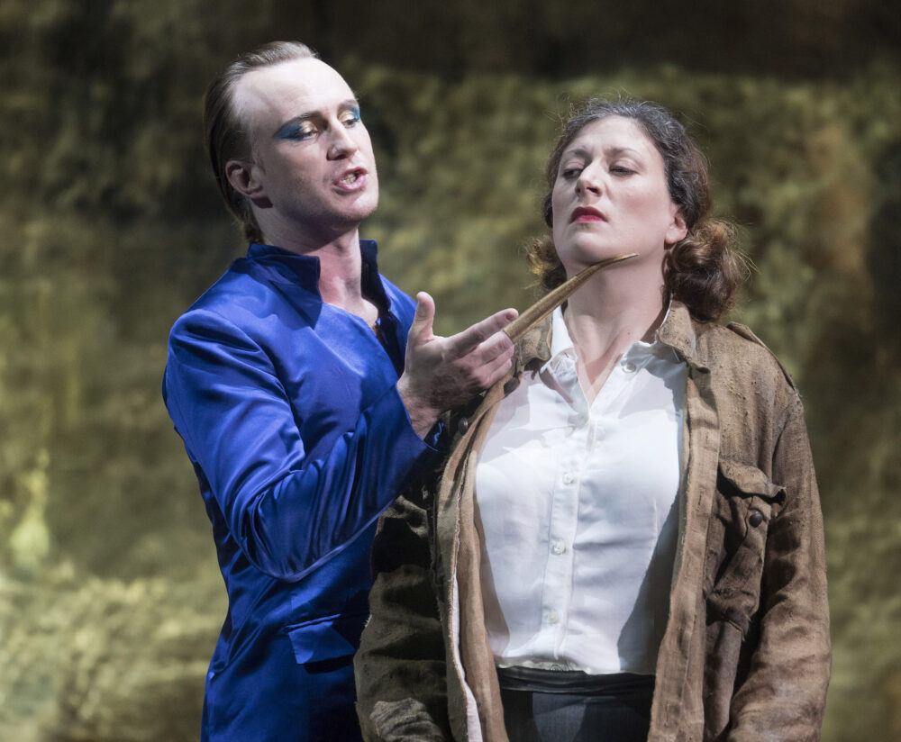 James Laing as Tolomeo and Catherine Hopper as Cornelia. Credit: Alastair-Muir